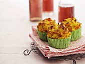 Spicy carrot muffins