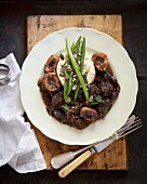 Ossobucco with cauliflower purée and green beans