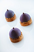 Plum ice cream tartlets