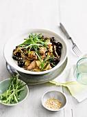 Rindfleisch mit Pilzen und Sesam