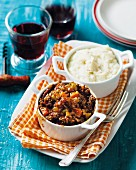 Ostrich ragout with cauliflower