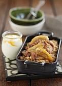 Banoffee-Reispudding mit Pecannüssen