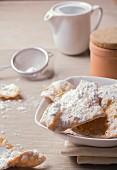 Chiacchiere (Italian carnival cakes)