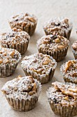 Mini muffins with dried fruit