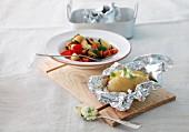 Folienkartoffel mit Gemüseragout