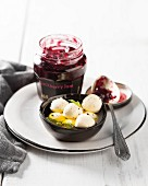 Mini mozzarella balls with blackberry jam
