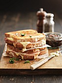 Ham and cheese toasties with herbs