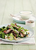 Broccoli salad with lamb and chickpeas