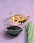 Aceto Balsamico im Glasschälchen