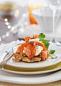 Potato cakes with smoked salmon and cream cheese (Christmas)