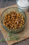 Roasted, salted chickpeas with thymes