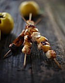 Chicken skewers with quince