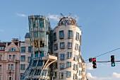 Das Tanzende Haus des berühmten Architekten Frank Gehry in der Neustadt, Prag