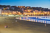 Playa de la Concha in the evening, San Sebastián, Spain