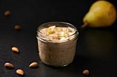 Chiasamen-Birnen-Creme mit Mandeln (Paleo-Diät)