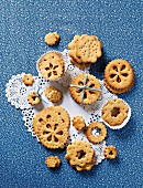 Doily biscuits on doilies