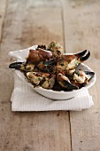 Crab claws with herb sauce