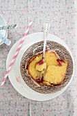 Cornflour cakes with raspberries
