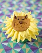 A lion cupcake