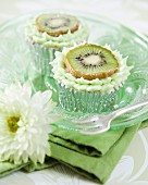 Cupcakes decorated with kiwis