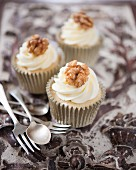 Walnut cupcakes with butter cream