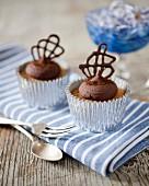 Chocolate cappuccino cupcakes with chocolate lattice