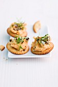 Pumpkin and cream cheese crackers