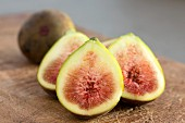 Fresh figs on a wooden board