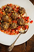 Meatballs with pine nuts and sultanas (Greece)