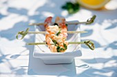 Grilled king prawns with coriander
