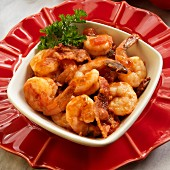 Shrimp in a sherry sauce with bacon, garlic, olive oil and paprika flakes