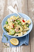 Farfalle with broccoli, courgette and tuna