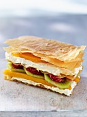 Mille feuilles with cream cheese and fruits