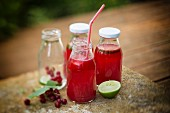 Redcurrant lemonade with lime