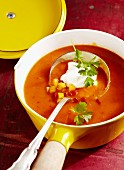 Pepper soup with sour cream
