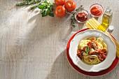 Spaghetti with Chicken Tomato Sauce