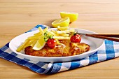Breaded escalope with chips