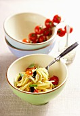 Spaghetti with tomatoes and olives