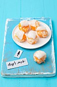 Kabeljau-Sushi für Hunde mit Karottenreis