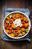 Potato goulash with sour cream