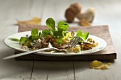 Lamb's lettuce with porcini mushrooms
