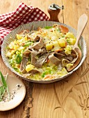 Pizzoccheri with savoy cabbage, potatoes, leek and cheese