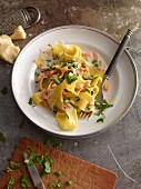 Tagliatelle with peas and carrots