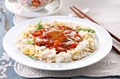 Schweinefleisch süss-sauer auf Reis