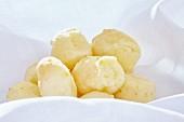 Pao de queijo (Cheese flavoured balls, Brazil)