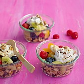 Oat muesli with fresh and dried fruits