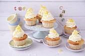Lemon cupcakes with lemon curd topping