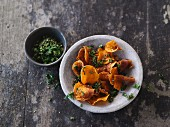 Sweet potato crisps with herbs