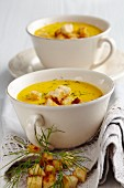 Carrot soup with croutons