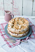 Strawberry meringue cake with mascarpone
